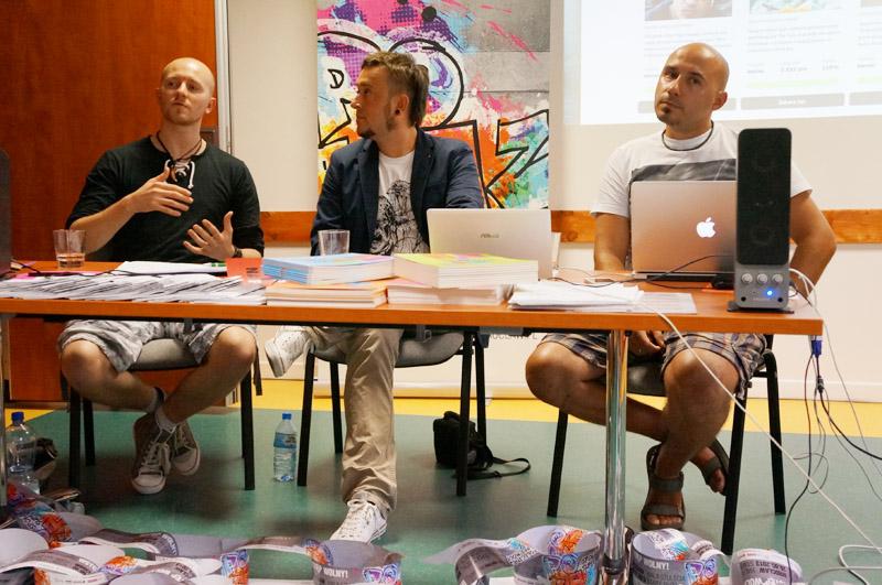 Od lewej: Krzysztof Czubak, Marcin Galicki i Maciej Monkiewicz ze ★Wspieram.to★