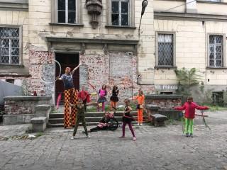 dzieci cyrkowe (1)